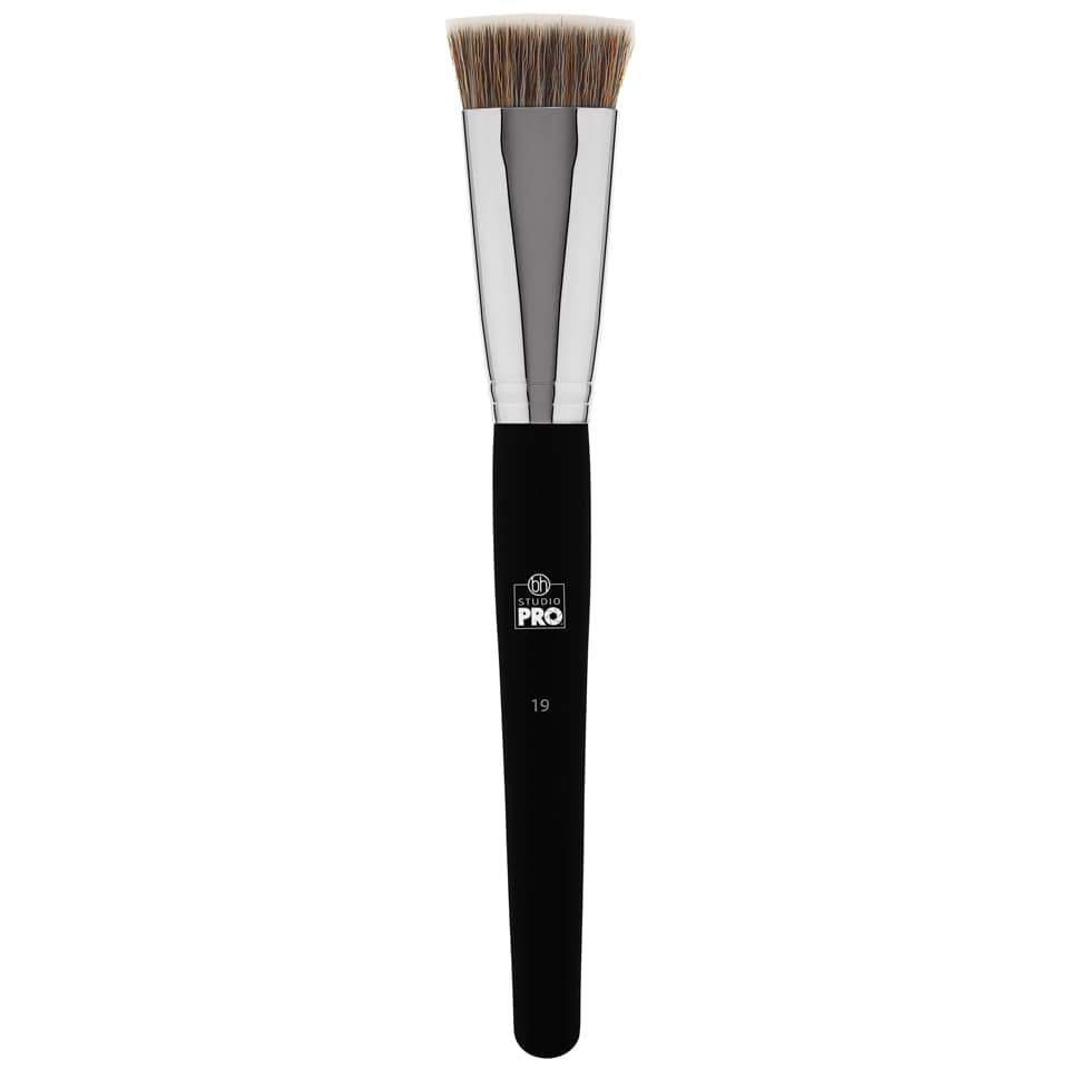 BH Cosmetics Studio Pro Brush 19