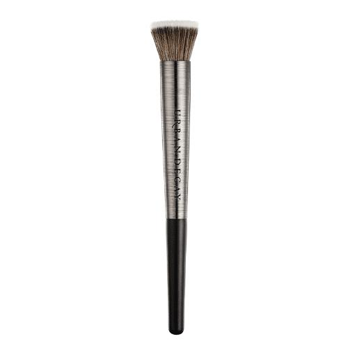 Urban Decay UD Pro Diffusing Highlighter Brush F106