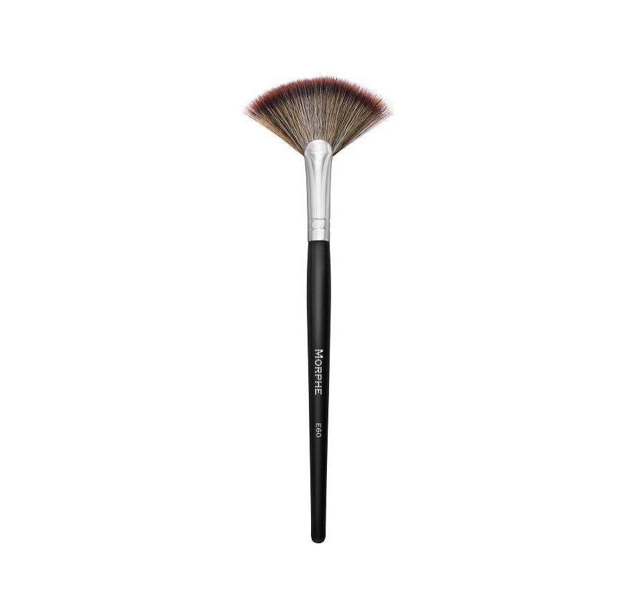 Morphe Deluxe Highlight Fan Brush E60