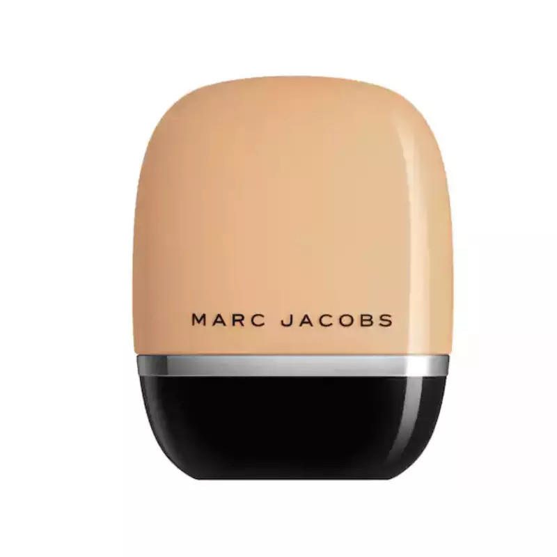 Marc Jacobs Shameless Youthful-Look 24H Foundation Medium Y320