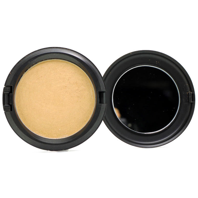 MAC Iridescent Pressed Powder Delicacy
