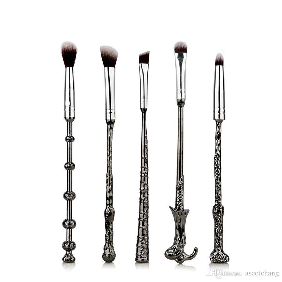 Storybook Cosmetics Harry Potter Wand Brush Set