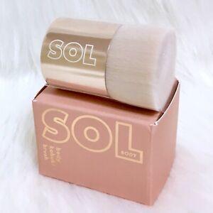 SOL Body Kabuki Brush