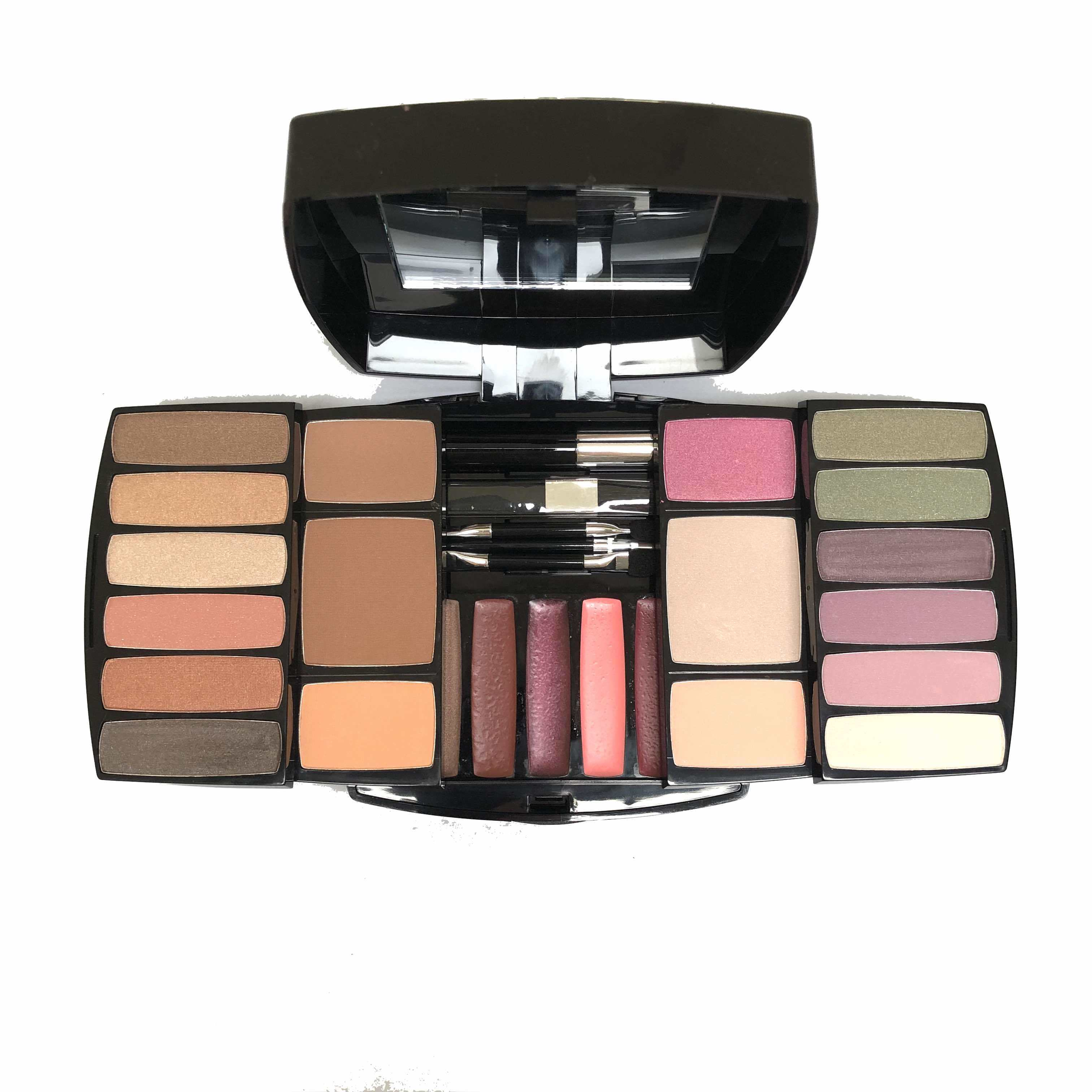 Sephora Ultimate Eye Lip Face Palette Maquillage