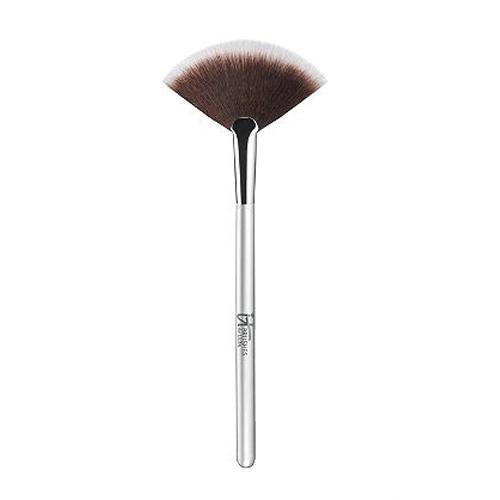 IT Cosmetics Airbrush Radiance Fan Brush 116
