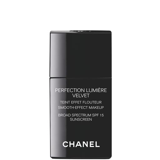 Chanel Perfection Lumiere Velvet Smooth Effect Makeup Beige 50