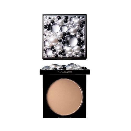 MAC Sheer Mystery Powder Lighthearted
