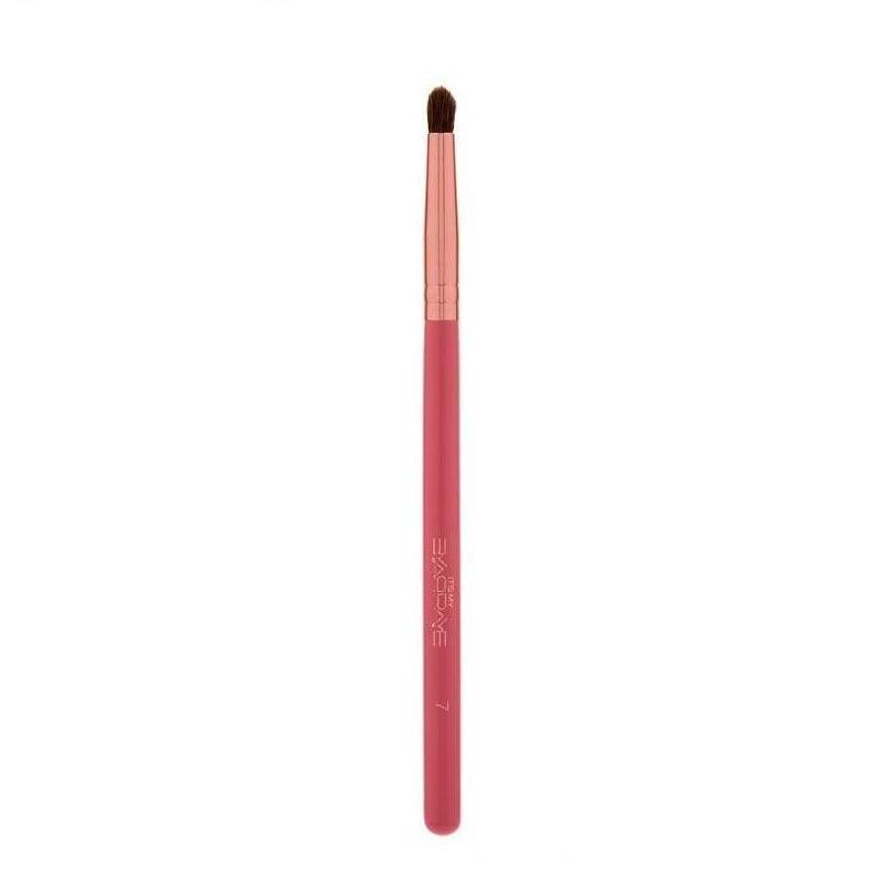 BH Cosmetics Brush 7 It's Raye Raye Collection