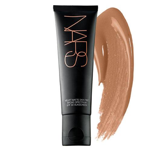 NARS Velvet Matte Skin Tint Broad Spectrum SPF30 Seychelles Med/Dark 2