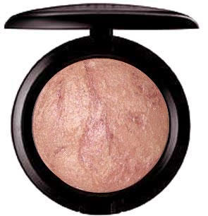 MAC Mineralize Skinfinish By Candlelight