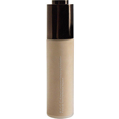 BECCA Aqua Luminous Perfecting Foundation Light
