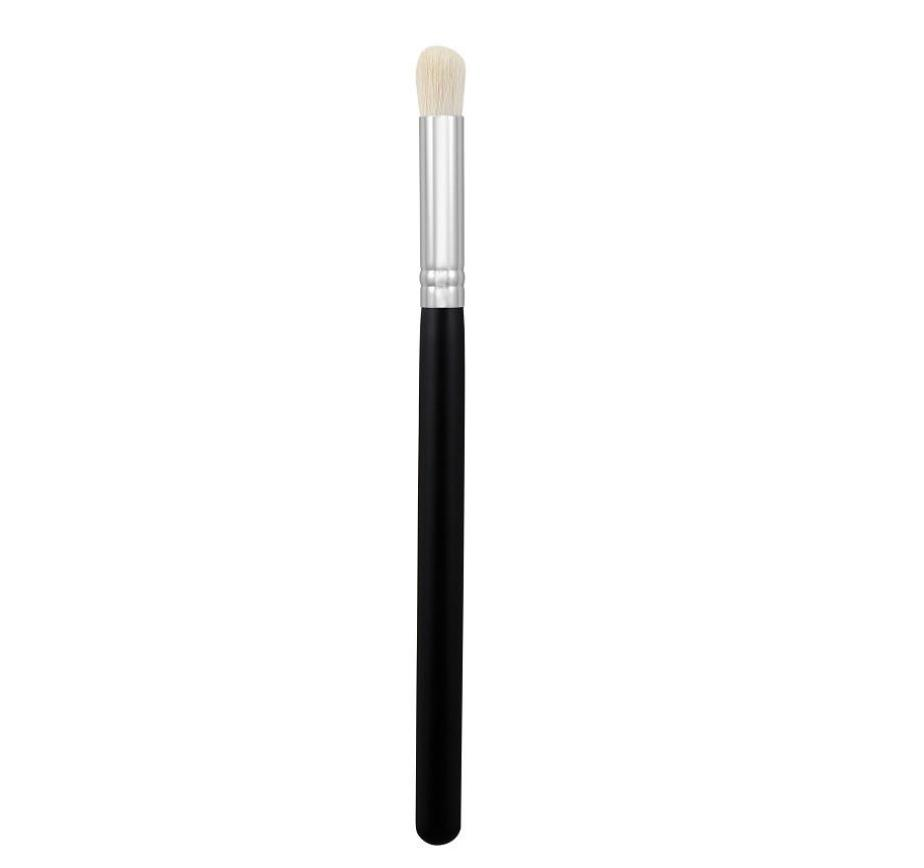 Morphe M517 Jumbo Crease Brush